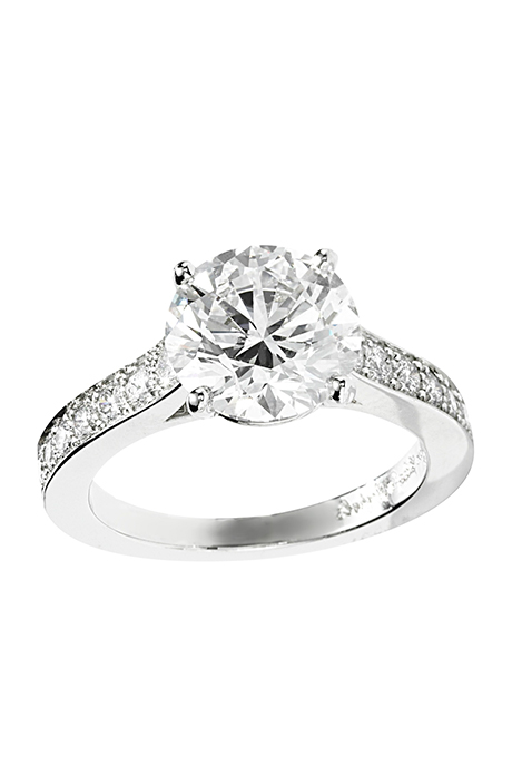 round-cut-engagement-rings-van-cleef-pushkar